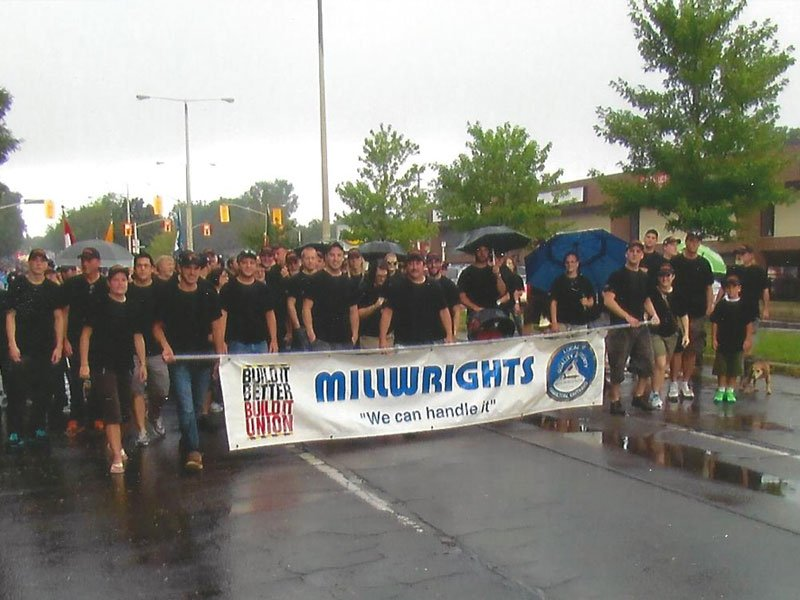 Millwright Local 1916 parade